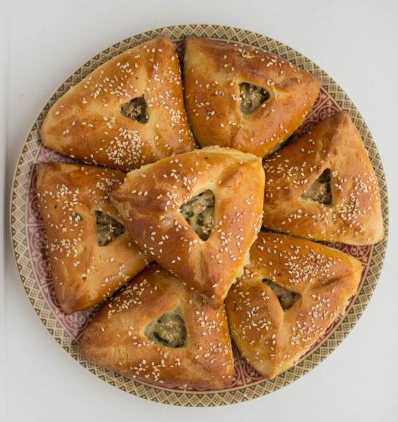 Эчпочмак- Треугольники - известные татарские пирожки с мясом и картошкой