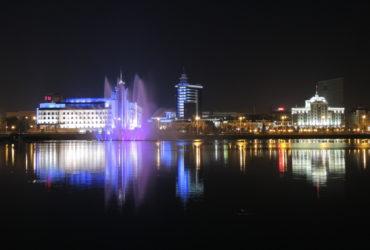 Озеро Кабан в Казани ночью